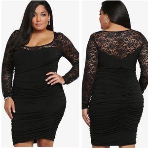 Torrid lace yoke ruched dress